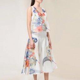 Set áo kèm chân váy lụa họa tiết hoa